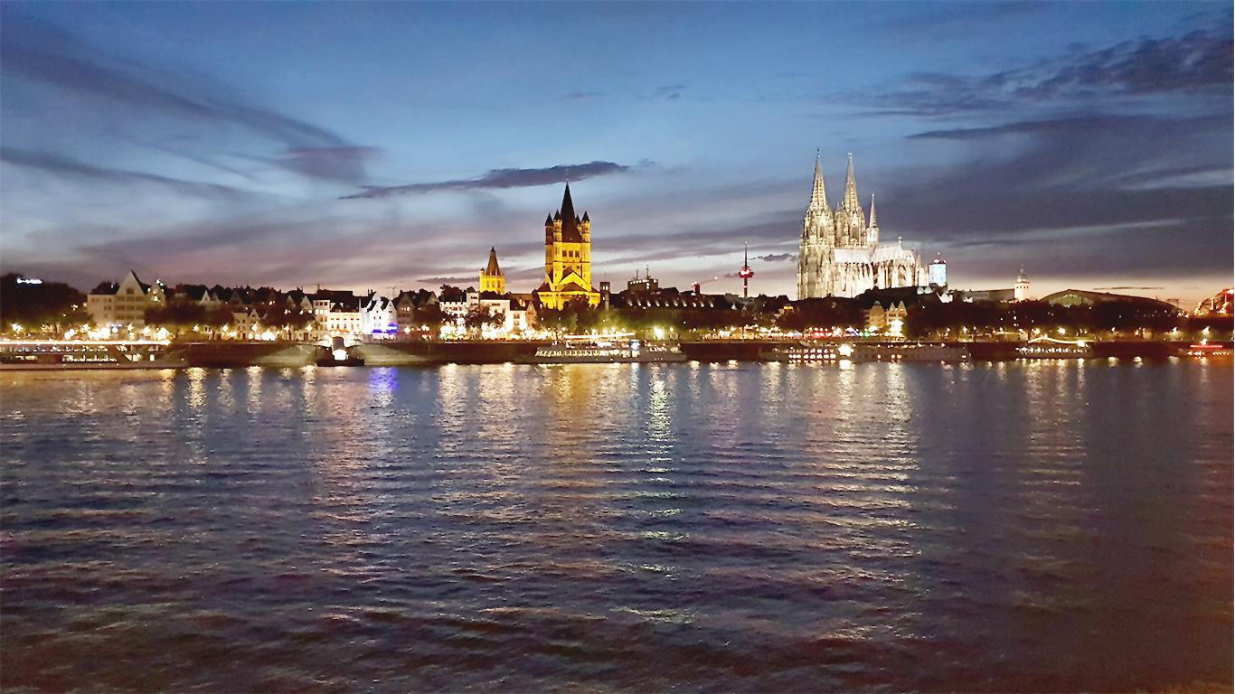 Köln in 5 Minuten theTravellers